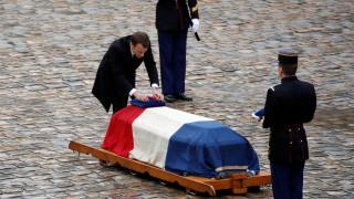 Γαλλία: Φόρος τιμής στον ήρωα αστυνομικό Αρνό Μπελτράμ