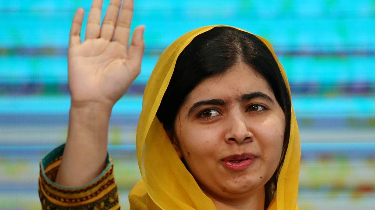 Επέστρεψε στο Πακιστάν η Μαλάλα για πρώτη φορά μετά την επίθεση των Ταλιμπάν