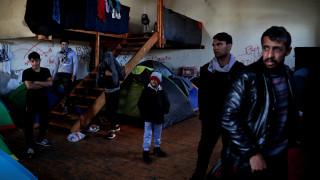 The Guardian: μετά από κατακραυγή ακυρώνει τις διακοπές στην Ελλάδα της κρίσης