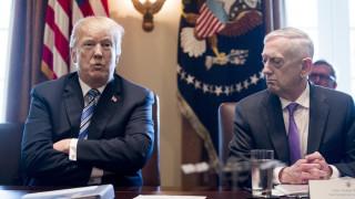 Τραμπ και Μάτις συζήτησαν για την χρηματοδότηση του τείχους με το Μεξικό