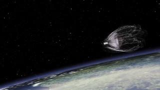 Η συσκευή που ετοιμάζεται να «ψαρέψει» σκουπίδια στο διάστημα