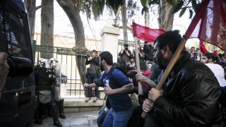 Ένταση στο κέντρο της Αθήνας - Συγκρούσεις διαδηλωτών με δυνάμεις των ΜΑΤ