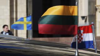 Με μαζικές απελάσεις διπλωματών απαντά η Ρωσία στην Ε.Ε.