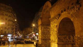 Έντεκα μνημεία της Θεσσαλονίκης «λούζονται» με φως