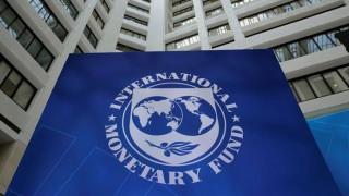 Το ΔΝΤ ανοίγει τα χαρτιά του για ΑΕΠ και πλεονάσματα