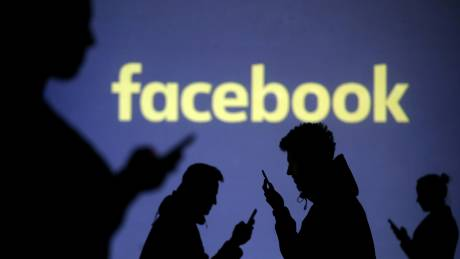 Γιατί είναι τόσο δύσκολο να διαγράψουμε το Facebook;