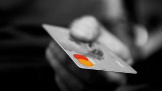 ΗΠΑ: Χάκερς υπέκλεψαν δεδομένα εκατομμυρίων καρτών και τα έβγαλαν προς πώληση