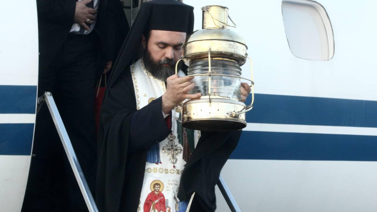 Μεταφορά του Αγίου Φωτός σε 17 προορισμούς στην Ελλάδα από την Aegean και την Olympic Air