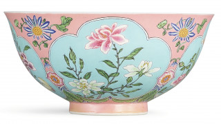 Αυτοκρατορικό ροζ: σπάνιο μπολ της δυναστείας Τσινγκ πωλήθηκε 25 εκατομμύρια ευρώ