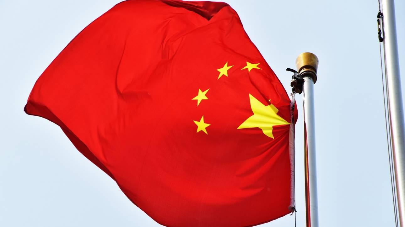 Η Κίνα θα απαντήσει «ανάλογα» σε πιθανούς περαιτέρω δασμούς των ΗΠΑ