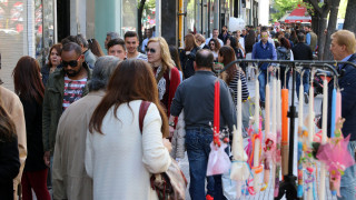 Κορυφώνεται η κίνηση στην πασχαλινή αγορά