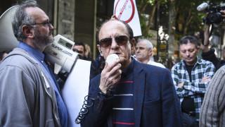 Λυμπερόπουλος για Uber: Όποιος δεν θέλει να σέβεται τους νόμους να αποχωρεί και να μας γράφει