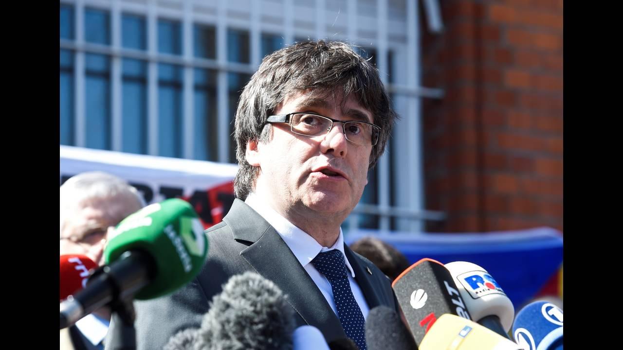 https://cdn.cnngreece.gr/media/news/2018/04/06/124783/photos/snapshot/2018-04-06T122527Z_128477028_RC1151DDD350_RTRMADP_3_SPAIN-POLITICS-CATALONIA-GERMANY.JPG