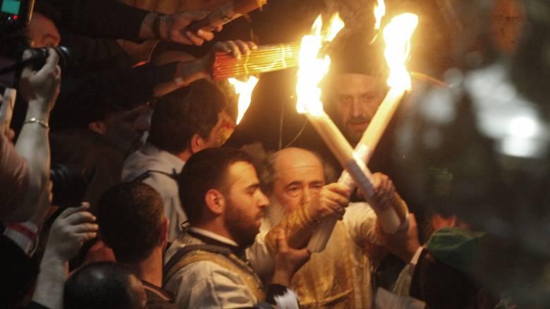 Πάσχα 2018: Στα Ιεροσόλυμα η ελληνική αποστολή για την Αφή του Αγίου Φωτός