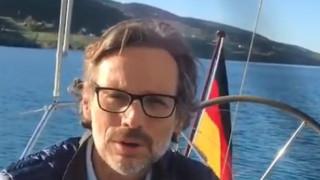 Οι ευχές του Γερμανού πρέσβη για το Πάσχα στα ελληνικά (vid)