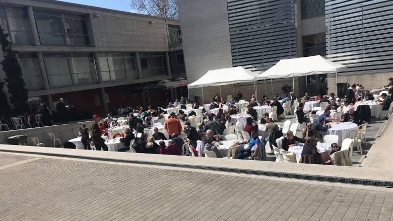 Μεγάλη προσέλευση στο πασχαλινό τραπέζι του δήμου Θεσσαλονίκης