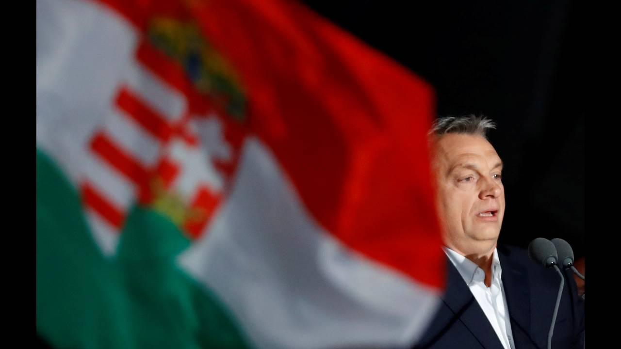 https://cdn.cnngreece.gr/media/news/2018/04/09/125052/photos/snapshot/2018-04-08T220730Z_304484723_RC1D33708D20_RTRMADP_3_HUNGARY-ELECTION-SUPPORTERS-ORBAN.JPG