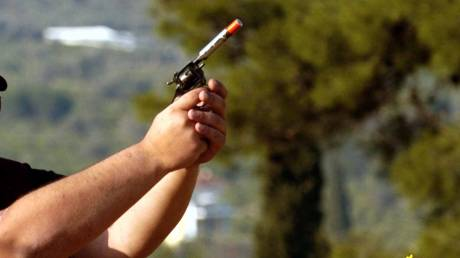 Κρήτη: «Μάχη» για να σωθεί το χέρι νεαρού που τραυματίστηκε από κροτίδα
