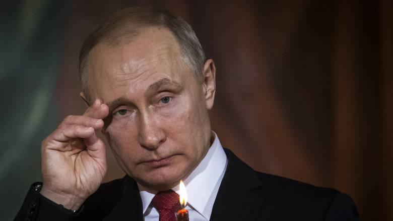 Πούτιν: «Απαράδεκτες προβοκάτσιες» αναφορικά με την επίθεση στη Συρία