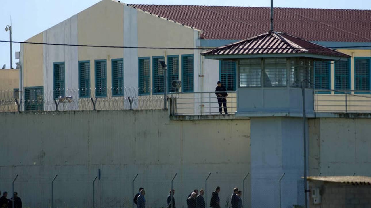 Θύμα ξυλοδαρμού κρατούμενος στις φυλακές Τρικάλων