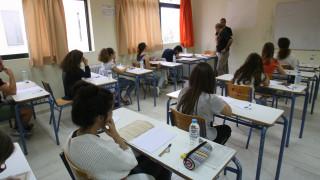 Πανελλαδικές εξετάσεις: Ανοίγει και πάλι η ατζέντα του νέου εξεταστικού συστήματος