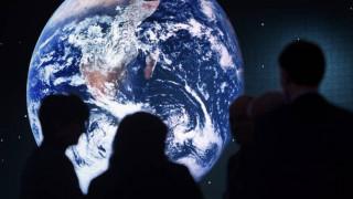 Μόνο δύο στους τρεις νέους στις ΗΠΑ είναι απολύτως βέβαιοι ότι η Γη είναι σφαιρική