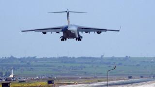 Συντριβή στρατιωτικού αεροπλάνου στη Σερβία