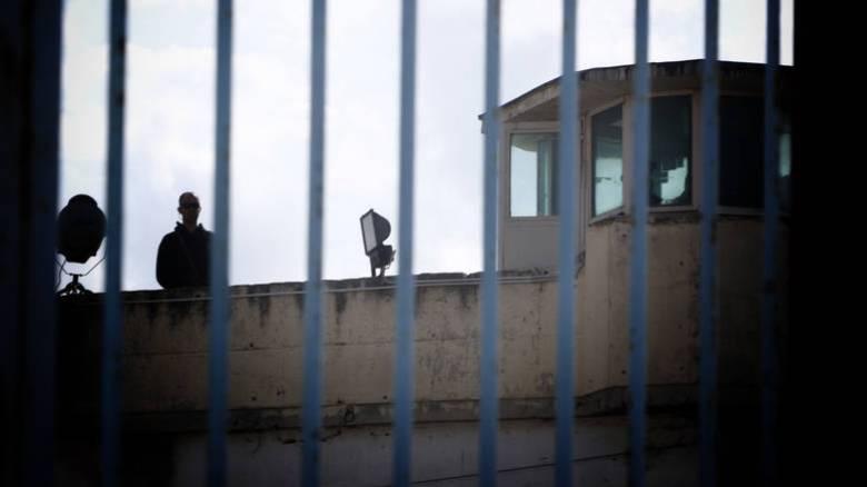 Συμπλοκή κρατουμένων με αυτοσχέδια μαχαίρια στις φυλακές Δομοκού