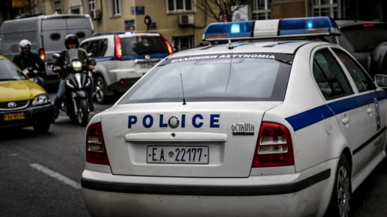 Θεσσαλονίκη: Άνδρας εισέβαλε σε συμβολαιογραφικό γραφείο με μπιτόνι βενζίνης