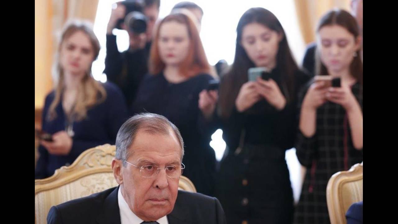 https://cdn.cnngreece.gr/media/news/2018/04/13/125650/photos/snapshot/2018-04-13T083210Z_890997556_UP1EE4D0NPM7J_RTRMADP_3_RUSSIA-NETHERLANDS.jpg