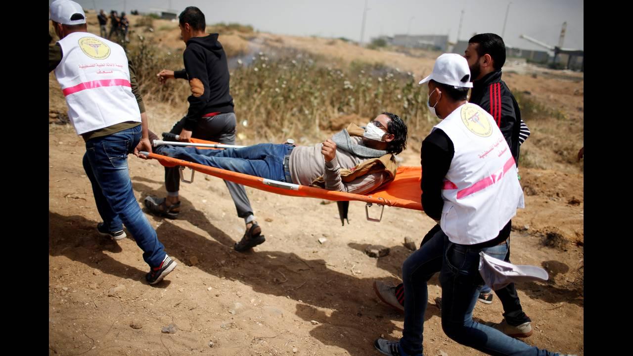 https://cdn.cnngreece.gr/media/news/2018/04/13/125656/photos/snapshot/2018-04-13T105957Z_33006167_RC178084E1B0_RTRMADP_3_ISRAEL-PALESTINIANS-PROTESTS.JPG