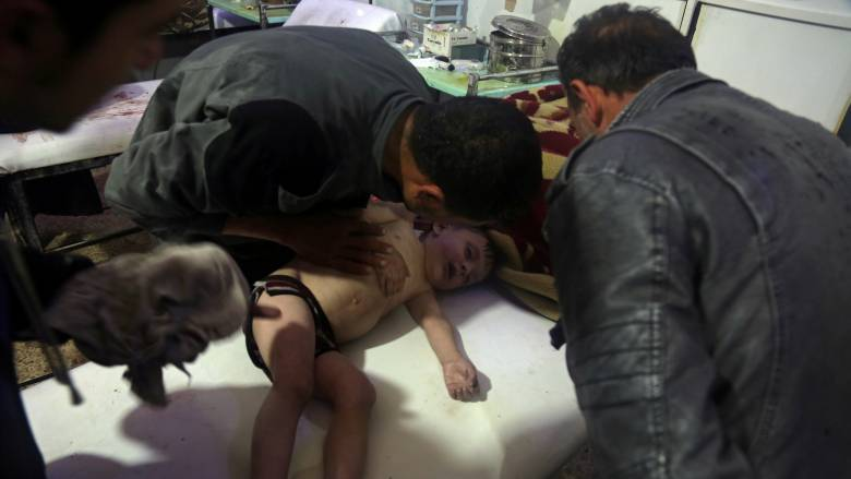 Βρετανία: Κατάφωρο ψέμα ότι εμπλεκόμαστε στην επίθεση με χημικά στη Συρία