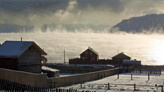 SOS εκπέμπουν Ρώσοι επιστήμονες για τη λίμνη Βαϊκάλη