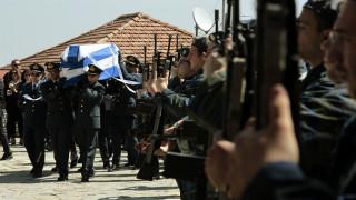 Κηδεία Γ. Μπαλταδώρου: Σε κλίμα βαθιάς συγκίνησης το τελευταίο «αντίο» στον πιλότο