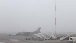 Πυκνή ομίχλη «κάλυψε» την Κρήτη – Προβλήματα στις πτήσεις