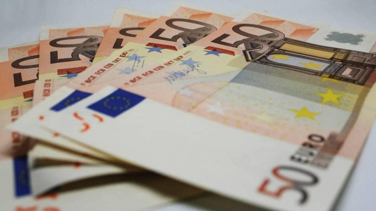 Πώς θα ρυθμιστούν χρέη επιχειρηματιών έως 50.000 ευρώ