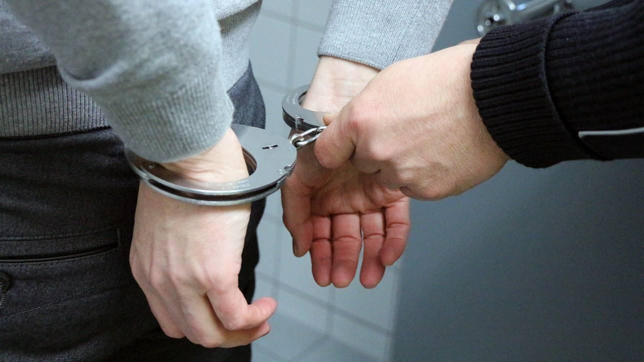 Σύλληψη νεαρού στα Χανιά για κλοπή πρακτορείου ΟΠΑΠ