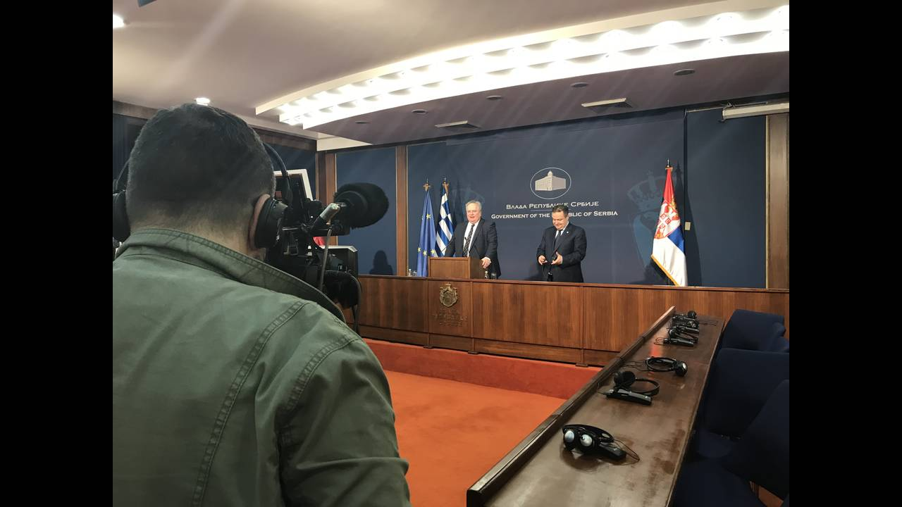 https://cdn.cnngreece.gr/media/news/2018/04/15/125990/photos/snapshot/kotzias-dacic.jpg