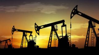 Νέα εκτίναξη των διεθνών τιμών του πετρελαίου βλέπουν οι αναλυτές