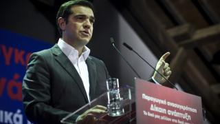 Bloomberg: Ο Τσίπρας μάχεται σε όλα τα μέτωπα