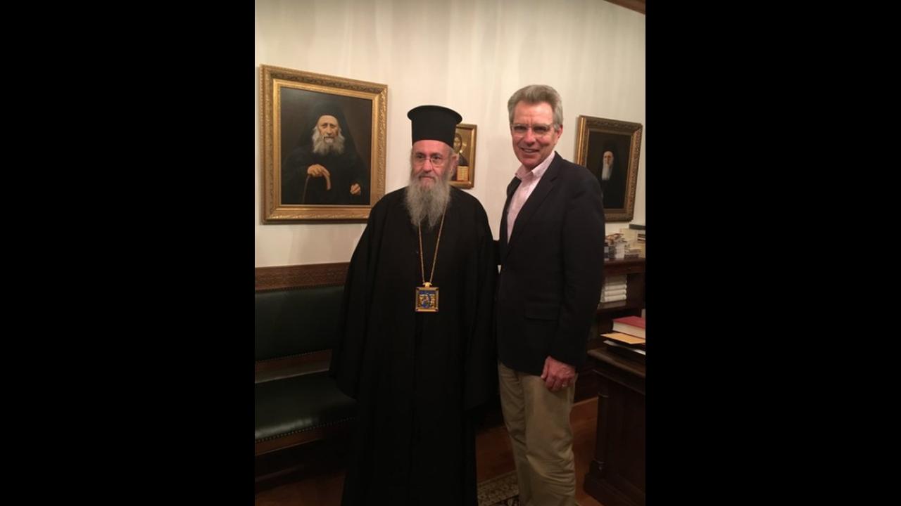 https://cdn.cnngreece.gr/media/news/2018/04/17/126187/photos/snapshot/paiat.PNG