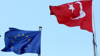 Ευρωπαϊκό «μέτωπο» απέναντι στην Τουρκία: Προειδοποιήσεις για Αιγαίο και στρατιωτικούς