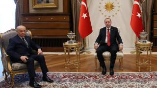 Πρόωρες εκλογές στην Τουρκία στις 24 Ιουνίου
