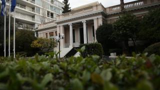 Κυβερνητικές πηγές για έκθεση ΔΝΤ: Η κυβέρνηση θα ολοκληρώσει τη διαδικασία της εξόδου