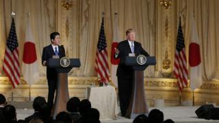 Τραμπ - Άμπε επιμένουν στην άσκηση μέγιστης πίεσης στη Βόρεια Κορέα