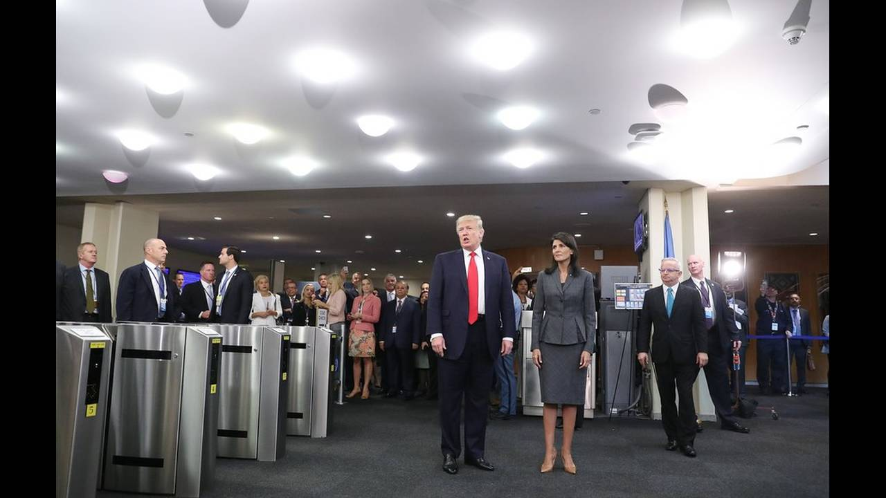 https://cdn.cnngreece.gr/media/news/2018/04/19/126488/photos/snapshot/18479641.jpg