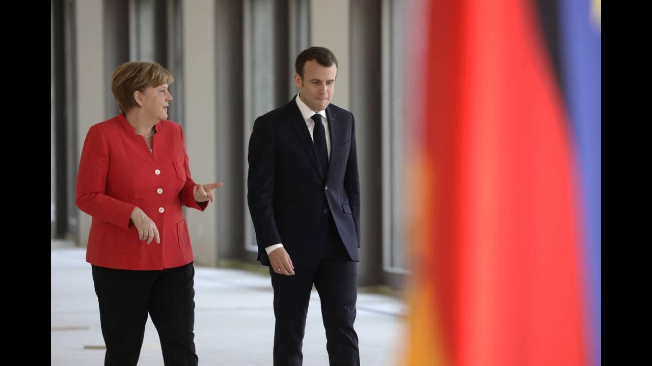 https://cdn.cnngreece.gr/media/news/2018/04/19/126539/photos/snapshot/2018-04-19T121618Z_1123356989_RC156DC83D70_RTRMADP_3_GERMANY-FRANCE.JPG