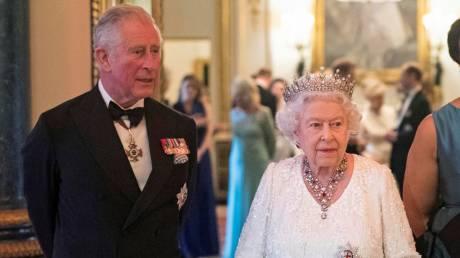 Ο Κάρολος ορίστηκε διάδοχος της βασίλισσας Ελισάβετ