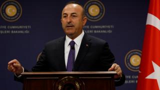 Κυπριακό: Θέμα συνομοσπονδίας ή δύο κρατών έθεσε ο Τσαβούσογλου