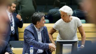Χρέος και αξιολόγηση στο επίκεντρο των συναντήσεων Τσακαλώτου με Λαγκάρντ και Τόμσεν